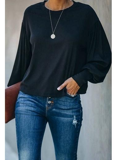 BLACK&GRACE Siyah Sırt Detaylı Viskon Kompak Bluz Siyah
